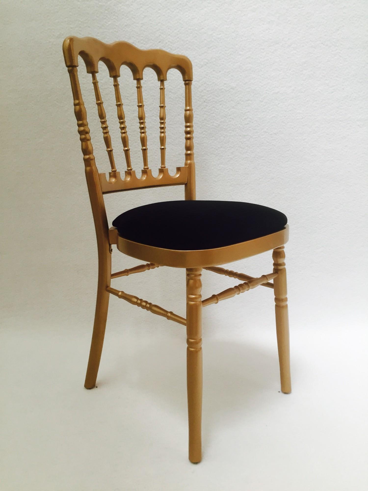 location de chaise napol on dor e assise noire location mobilier de r ception paris locaprod. Black Bedroom Furniture Sets. Home Design Ideas
