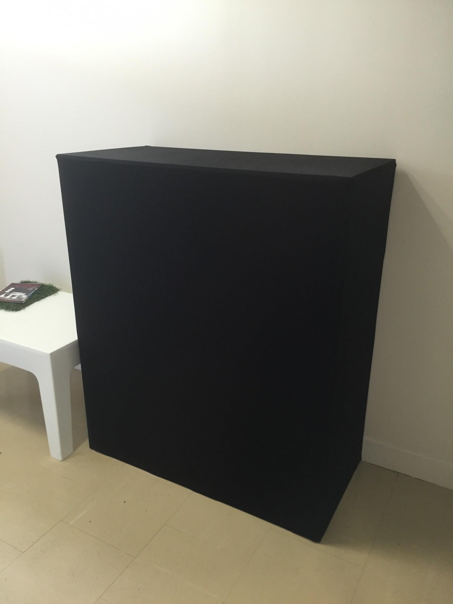 location de buffet mini box houss noir location mobilier de r ception paris locaprod ev nement. Black Bedroom Furniture Sets. Home Design Ideas