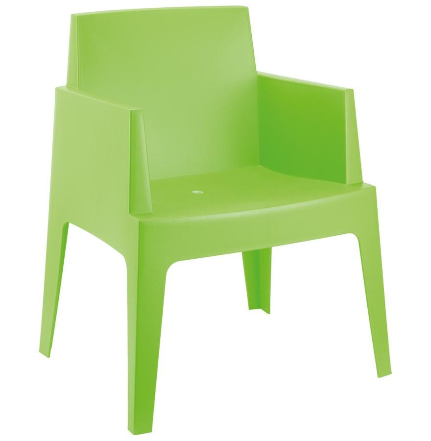 Location de fauteuil d'extérieur vert en région parisienne
