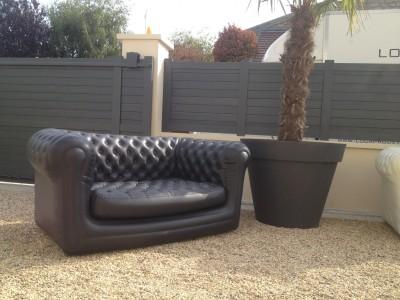 location de canap chesterfield gonflable noir location mobilier de r ception paris locaprod. Black Bedroom Furniture Sets. Home Design Ideas