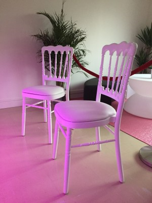 Location De Chaise Napol On Blanche Assise Blanche Location Mobilier De R Ception Paris