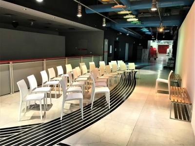 Location de chaise de conférence pour événement en région parisienne