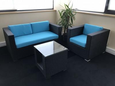 Location de fauteuil résine - Assise Bleue