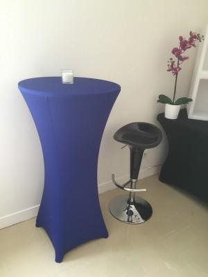 Location de table haute lycra bleu en Ile de France