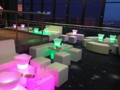 où louer des tables basses lumineuses en Seine Saint Denis (93)
