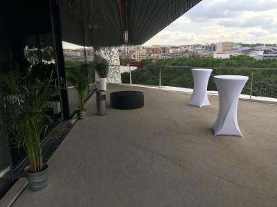Table haute à louer pour soirée d'entreprise à Paris 75