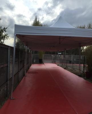 Location de tente pliante 4x4m à Paris