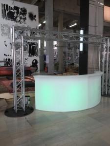 Bar lumineux à louer pour stand d'exposition en région parisienne